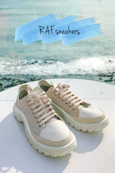 acc1134. raf sneakers [2color]